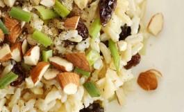 Arroz con verduras y almendras